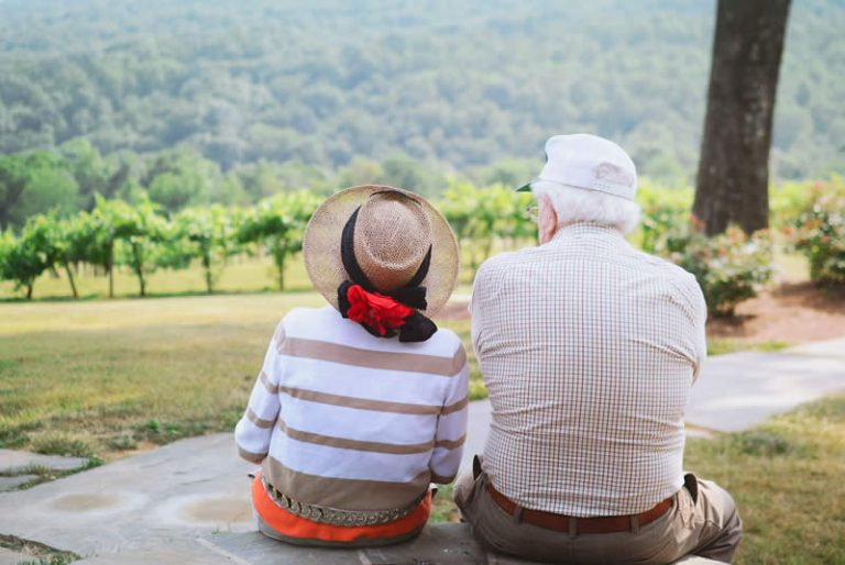 Protecting Your Parents From Elder Financial Abuse